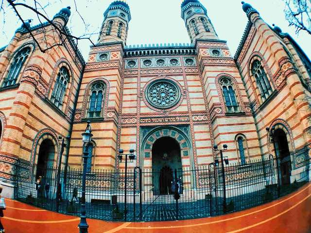 second biggest synagogue in the world